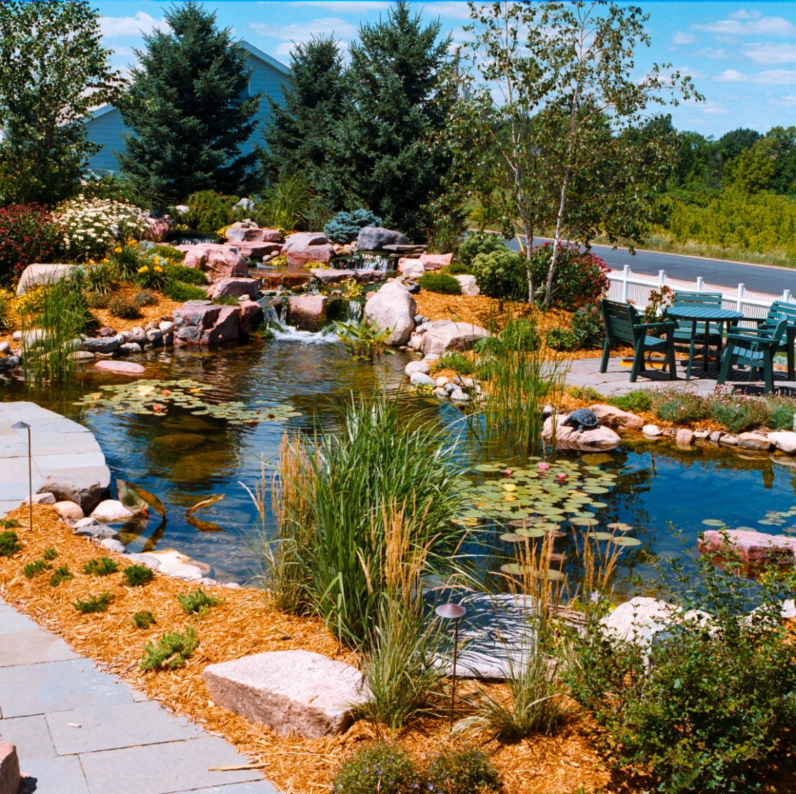 How To Hire the Right Landscape Architect for Your Yard